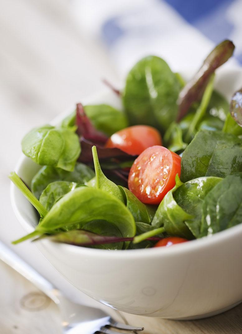Folna kislina je pravzaprav vitamin B9. Najdete ga v zeleni zelenjavi, cvetači,