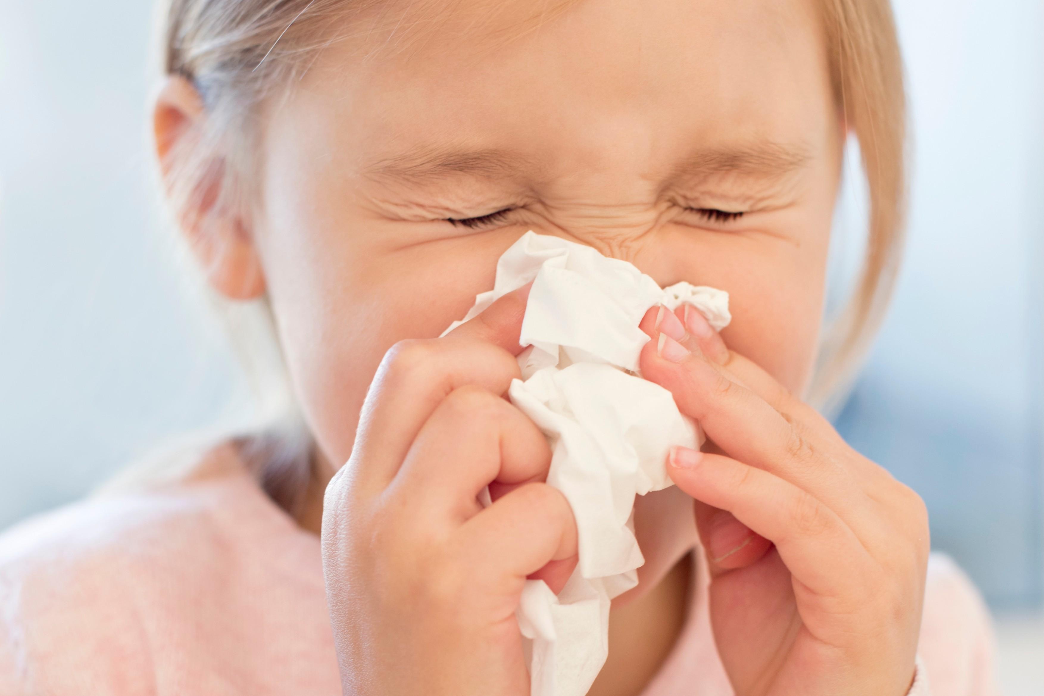 otrok prehlad boln