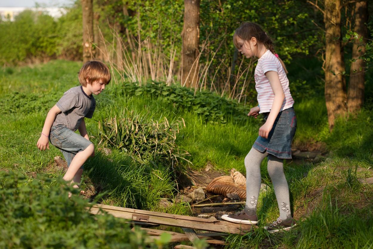 Otrok, gibanje, narava